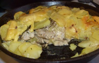 Рыба с картошкой в духовке — Рецепт