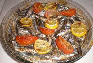 Рыба в духовке с помидорами — Рецепт