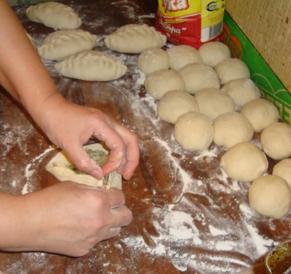 Как сделать пирожки с капустой видео