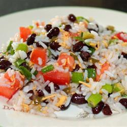Рисовый салат Санта Фе