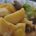 Куриные сердечки, тушеные с картошкой — Рецепт