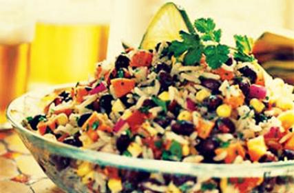 Салат из фасоли и риса