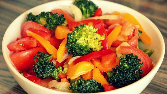 Салат из овощей в маринаде