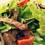 Теплый салат с телятиной — Рецепт