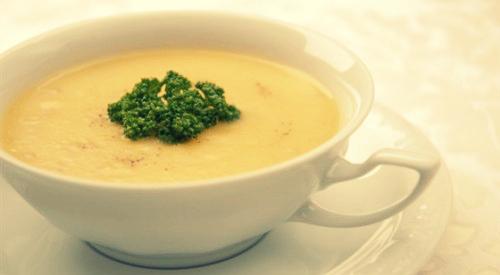 Суп из куриного мяса с сыром