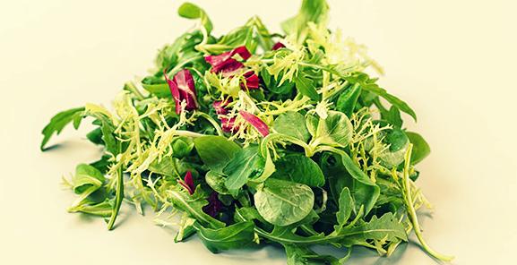 Полезный зеленый салат