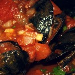 Мидии в томатном соусе — Рецепт
