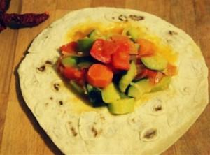 Тушеные овощи в лаваше