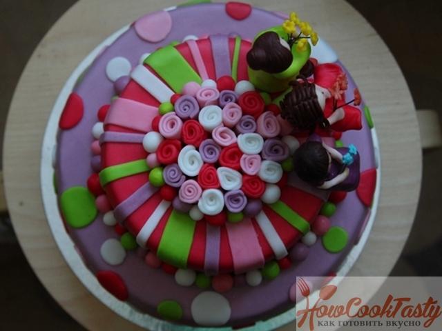 Торт в подарок на 8 Марта – сделайте приятный сюрприз своими руками