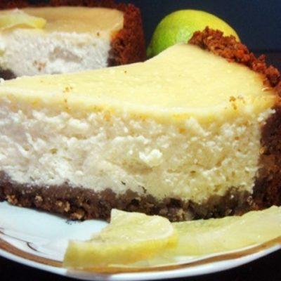 Творожный бисквитный торт