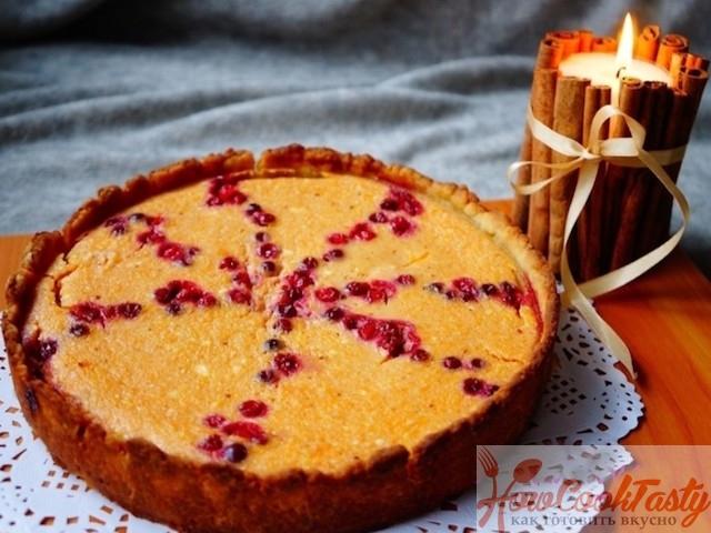 Пирог из тыквы и клюквы