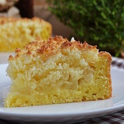 Творожный пирог с ананасами.