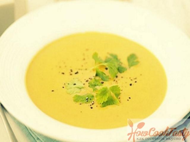 Бархатистый суп с цукини