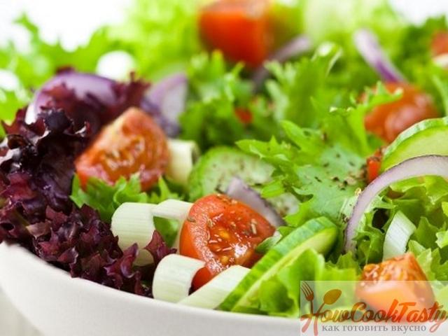 Неординарный салат к столу на 8 Марта