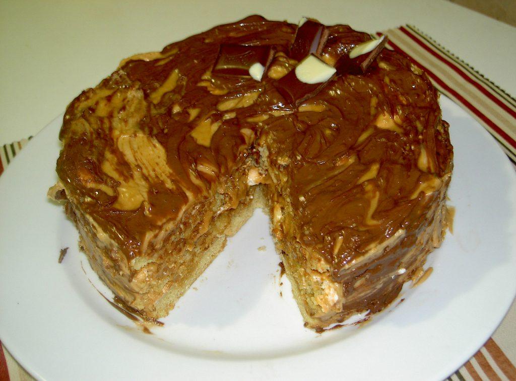 Торт Воздушный Сникерс