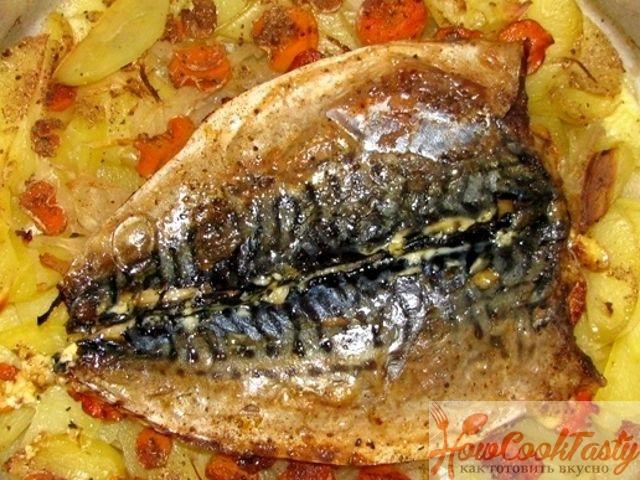 Скумбрия, запеченная в духовке с картошкой