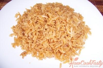 Коричневый рис с карри