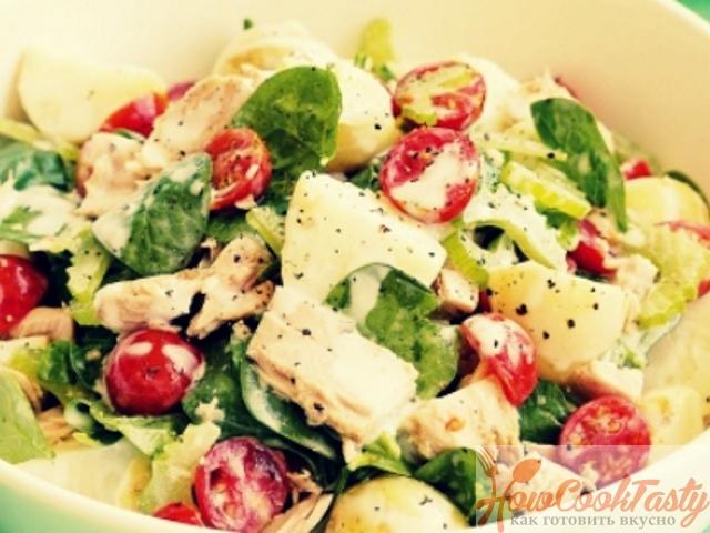 Салат с тунцом и томатами