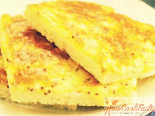 Гренки в омлете с сыром — Рецепт