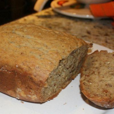 Абрикосовый хлеб с орехами