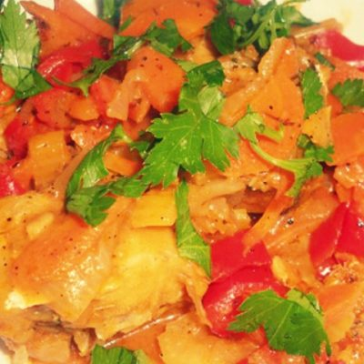 Тушеная семга с овощами - Рецепт