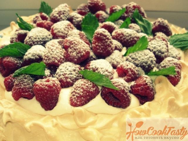 Безе с ягодами