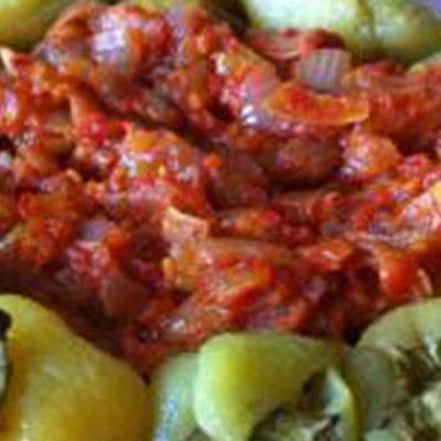 Запеченный перец с томатной заправкой