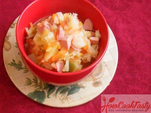 Тушеная капуста с сосисками рецепт пошагово 2
