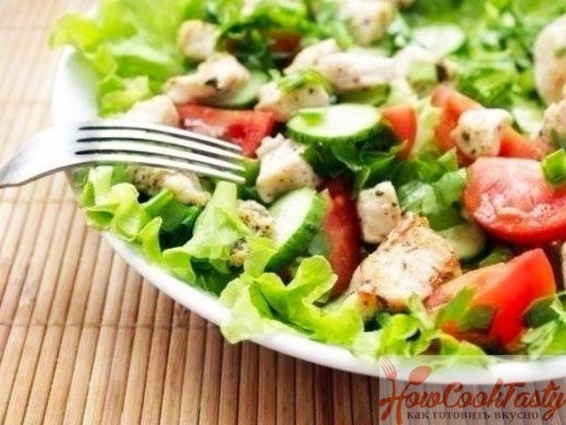 Салат с курицей и яйцами