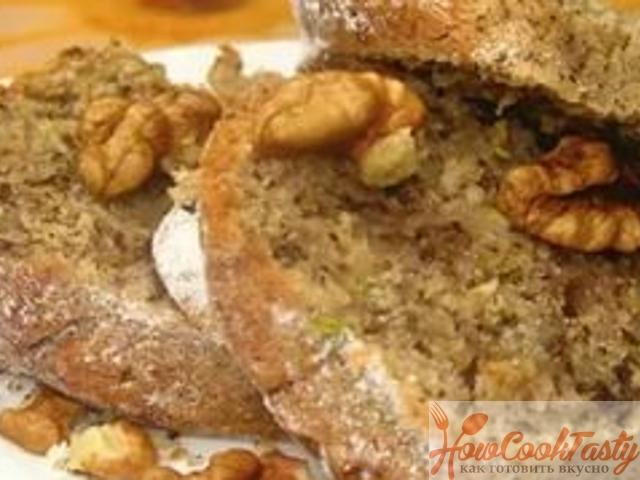 Пирог с кабачками и орехами