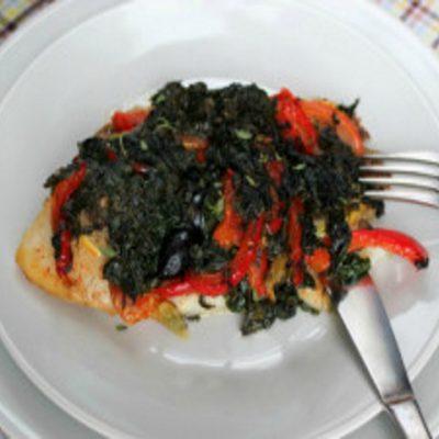 Жареная рыба со шпинатом