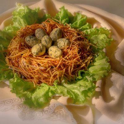 Как приготовить салат гнездо глухаря - Рецепт