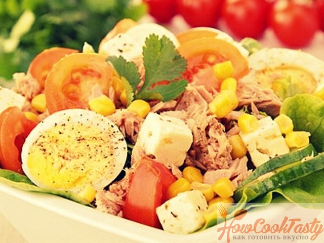 Салат из тунца с фетой