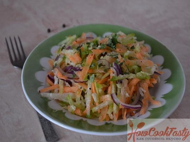 Салат «Витаминка» с редькой