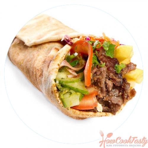 ролл с мясом и овощами